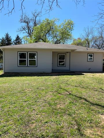 222 E Acheson Street, Denison, Texas 75021, 2 Bedrooms Bedrooms, ,1 BathroomBathrooms,Single Family,For Sale,222 E Acheson Street,1,14542784