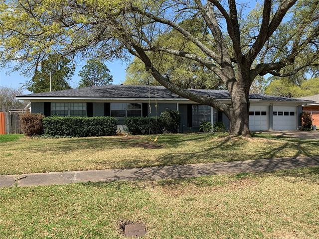 6212 Kathy Circle, Shreveport, Louisiana 71105, 4 Bedrooms Bedrooms, ,2 BathroomsBathrooms,Single Family,For Sale,6212 Kathy Circle,1,14539628