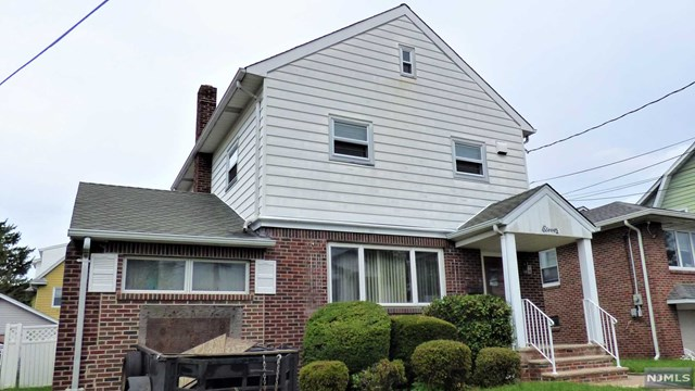 11 Mckenzie Avenue, East Rutherford, New Jersey 07073, 3 Bedrooms Bedrooms, ,3 BathroomsBathrooms,Townhouse,For Sale,11 Mckenzie Avenue,21007217