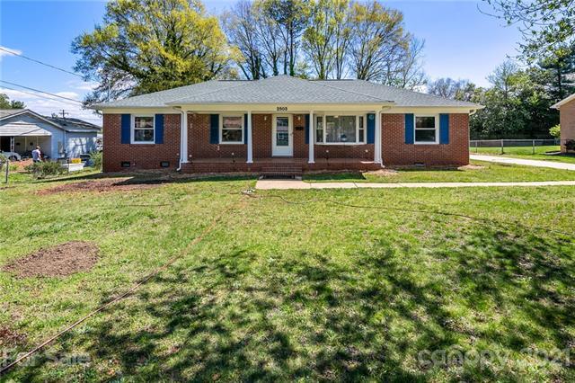 2503 Shaw Avenue, Gastonia, North Carolina 28054-6551, 3 Bedrooms Bedrooms, ,2 BathroomsBathrooms,Single Family,For Sale,2503 Shaw Avenue,1,3724972