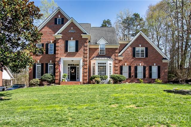 3488 Fieldstone Drive, Gastonia, North Carolina 28056, 4 Bedrooms Bedrooms, ,4 BathroomsBathrooms,Single Family,For Sale,3488 Fieldstone Drive,2,3724880