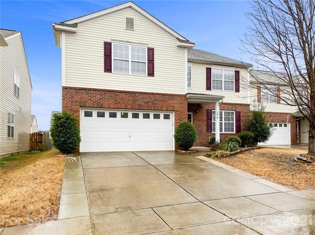 7619 Carrington Forest Lane, Matthews, North Carolina 28105, 5 Bedrooms Bedrooms, ,3 BathroomsBathrooms,Single Family,For Sale,7619 Carrington Forest Lane,2,3708994
