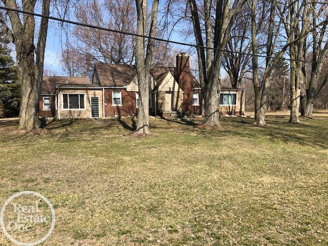 10252 Dixie, Ira, Michigan 48023, 4 Bedrooms Bedrooms, ,2 BathroomsBathrooms,Single Family,For Sale,10252 Dixie,1.5,50037826