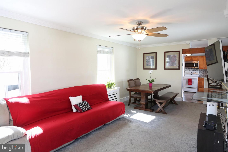36 E BLAINE ST, LANSDALE, Pennsylvania 19446, 3 Bedrooms Bedrooms, ,2 BathroomsBathrooms,Single Family,For Sale,36 E BLAINE ST,PAMC687148