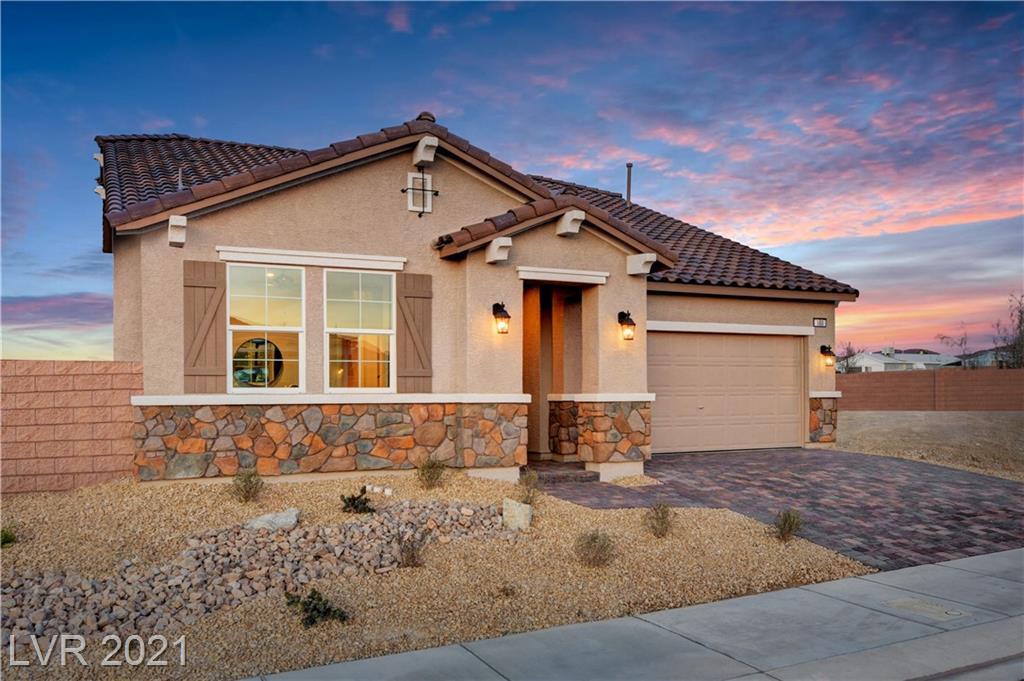 180 Rancho Oro Place, Henderson, Nevada 89015, 4 Bedrooms Bedrooms, ,3 BathroomsBathrooms,Single Family,For Sale,180 Rancho Oro Place,1.5,2284393