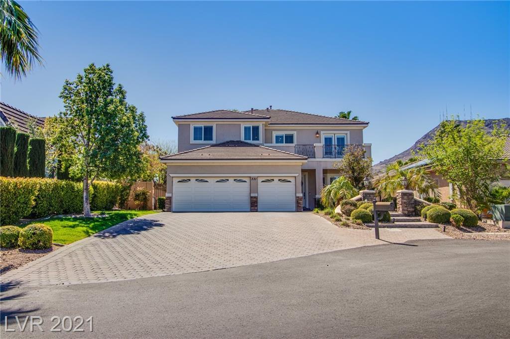 331 Sherwood Drive, Henderson, Nevada 89015, 5 Bedrooms Bedrooms, ,4 BathroomsBathrooms,Single Family,For Sale,331 Sherwood Drive,2,2284174