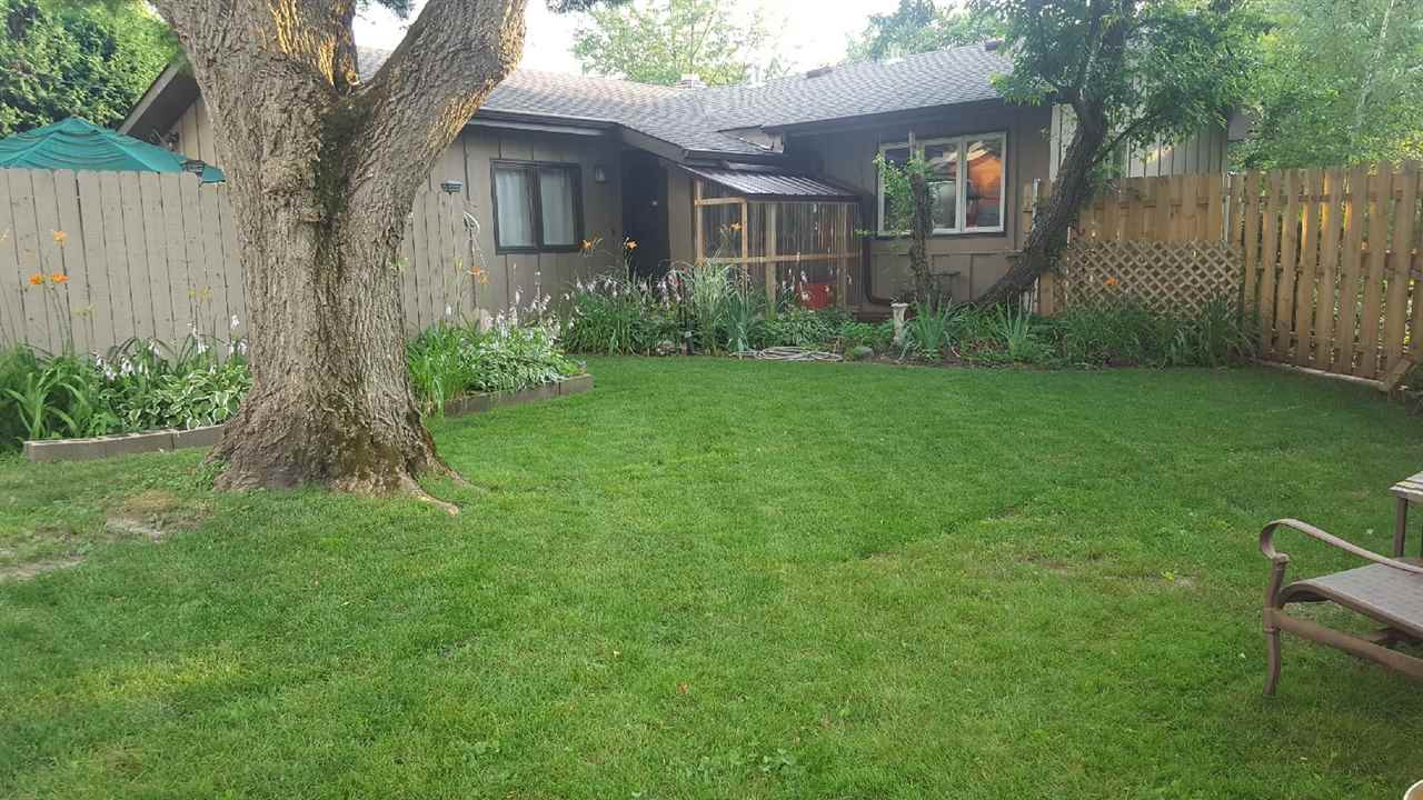 5613 Raymond Rd, MADISON, Wisconsin 53711, 3 Bedrooms Bedrooms, ,2 BathroomsBathrooms,Single Family,For Sale,5613 Raymond Rd,1,1905378
