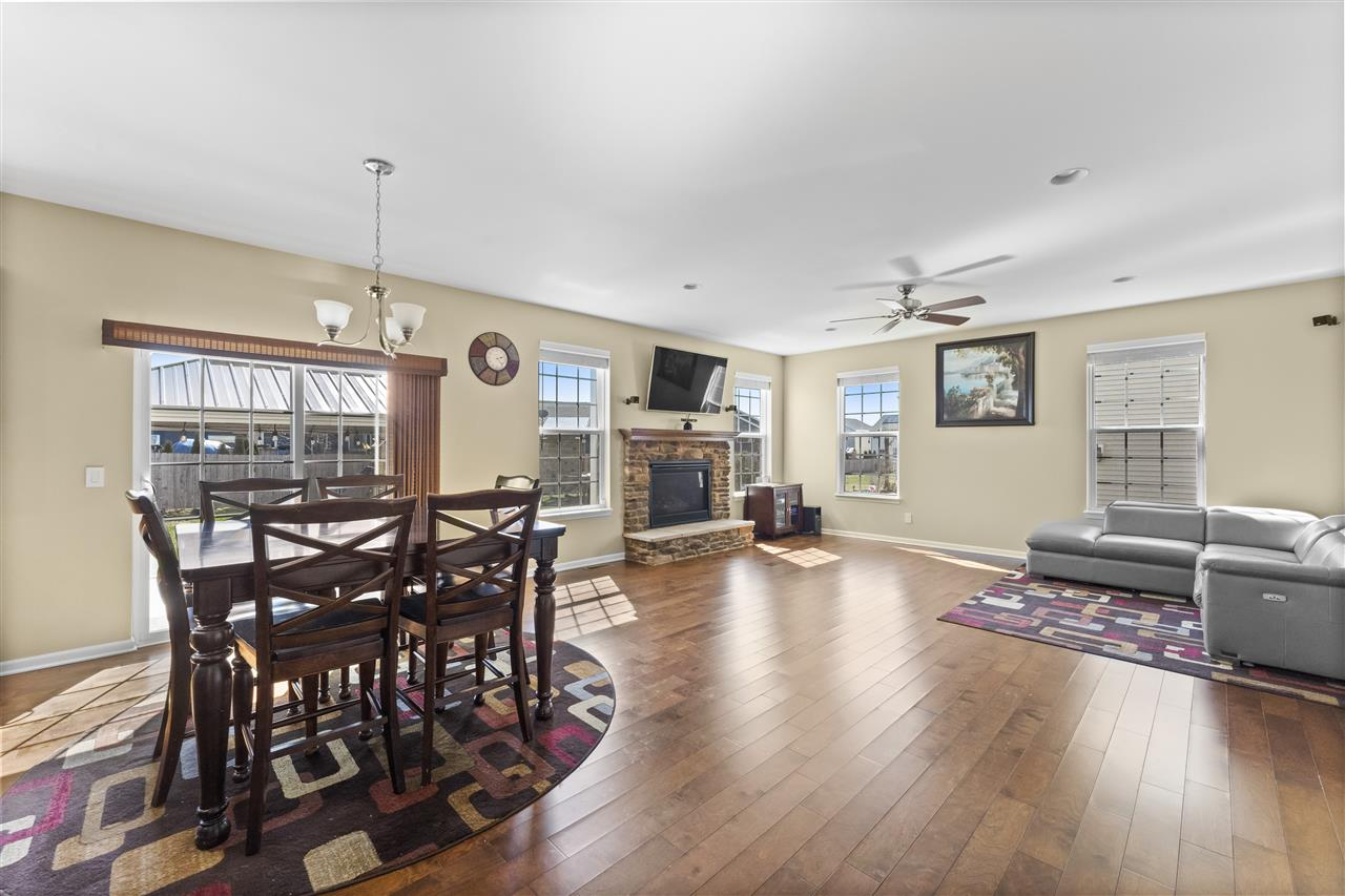 2345 Michigan Ave, Sun Prairie, Wisconsin 53590, 5 Bedrooms Bedrooms, ,4 BathroomsBathrooms,Single Family,For Sale,2345 Michigan Ave,2,1905254