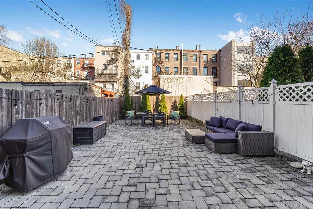 829 GARDEN ST, Hoboken, New Jersey 07030, 2 Bedrooms Bedrooms, ,2 BathroomsBathrooms,Condominium,For Sale,829 GARDEN ST,210007883