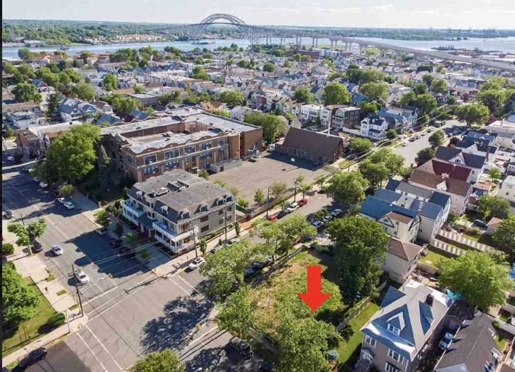 155 AVENUE C, Bayonne, New Jersey 07002, ,Lots And Land,For Sale,155 AVENUE C,210007538