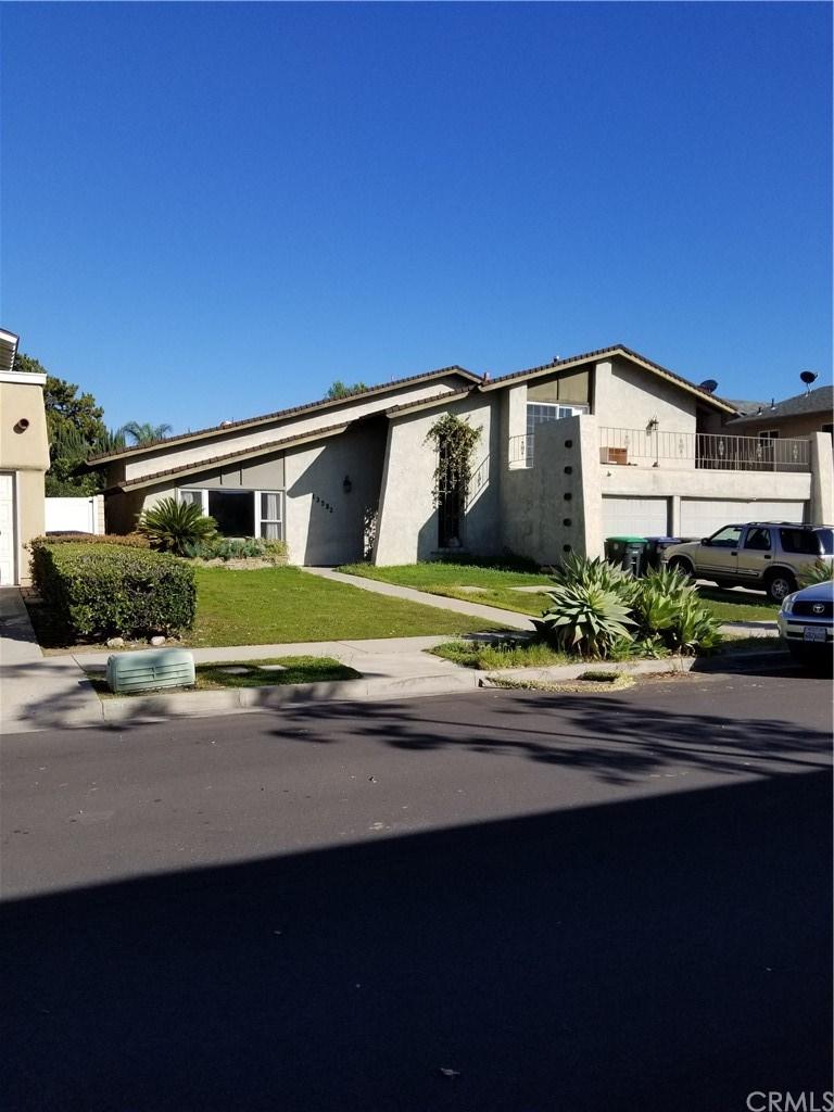 13592 Marshall Lane, Tustin, California 92780, 4 Bedrooms Bedrooms, ,6 BathroomsBathrooms,Single Family,For Sale,13592 Marshall Lane,3,OC21061101