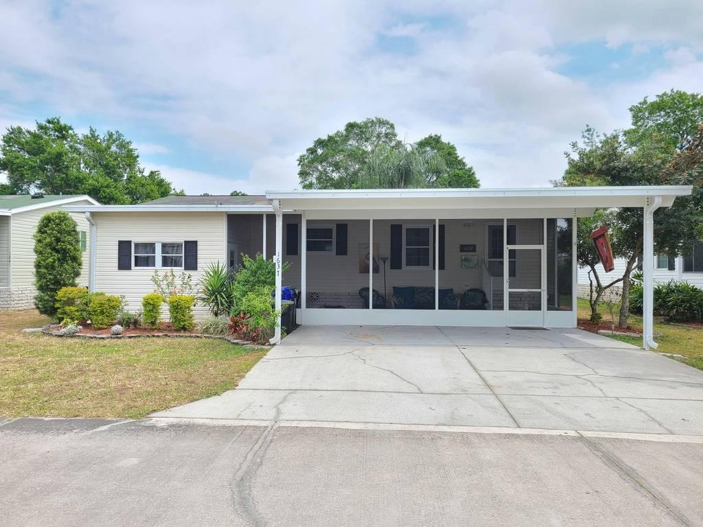1637 POPPY CIRCLE, LAKELAND, Florida 33803, 3 Bedrooms Bedrooms, ,2 BathroomsBathrooms,Residential,For Sale,1637 POPPY CIRCLE,1,10981569