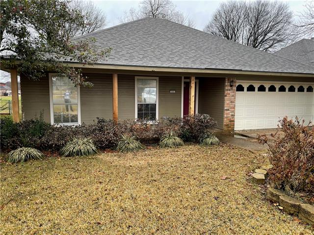 225 S Parkridge Drive, Benton, Louisiana 71006, 3 Bedrooms Bedrooms, ,2 BathroomsBathrooms,Single Family,For Sale,225 S Parkridge Drive,1,280090NL