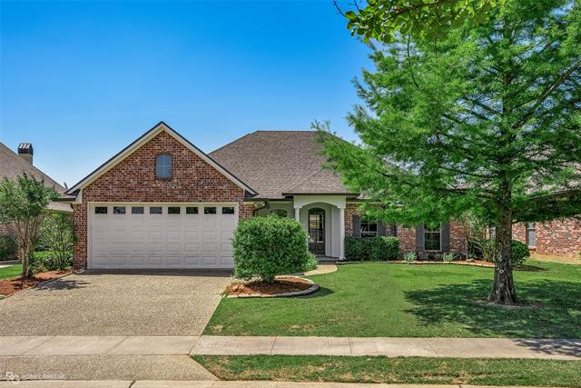 104 Devereaux Drive, Bossier City, Louisiana 71111, 4 Bedrooms Bedrooms, ,2 BathroomsBathrooms,Single Family,For Sale,104 Devereaux Drive,1,277653NL