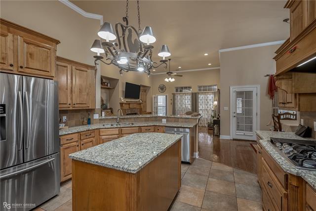 2001 Pine Ridge, Benton, Louisiana 71006, 4 Bedrooms Bedrooms, ,3 BathroomsBathrooms,Single Family,For Sale,2001 Pine Ridge,1,279859NL