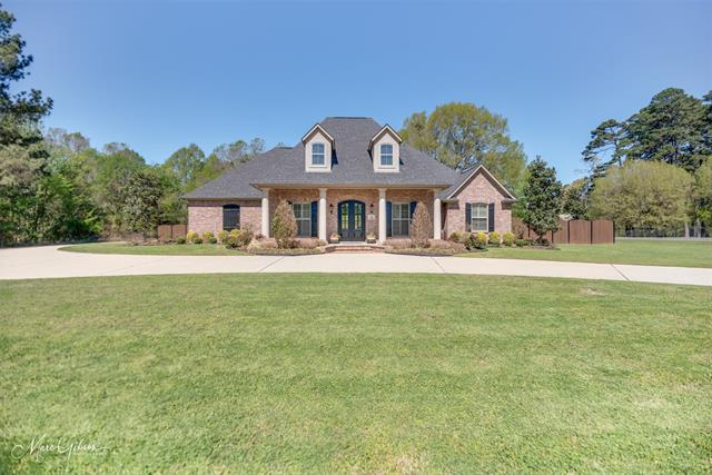 510 Waterford Drive, Shreveport, Louisiana 71106, 5 Bedrooms Bedrooms, ,3 BathroomsBathrooms,Single Family,For Sale,510 Waterford Drive,1,14542780
