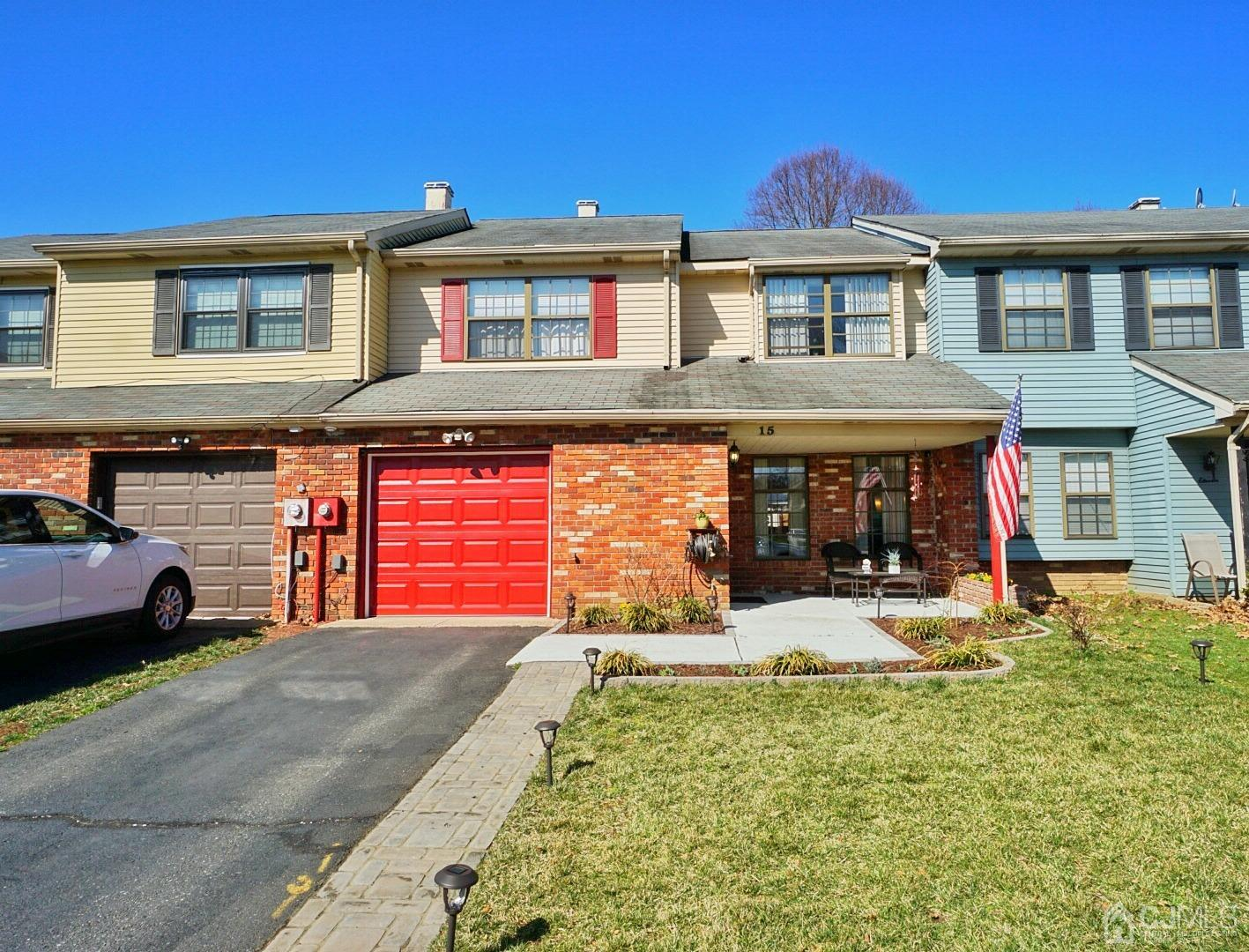 15 Thornton Court, East Brunswick, New Jersey 08816, 4 Bedrooms Bedrooms, ,3 BathroomsBathrooms,Residential,For Sale,15 Thornton Court,2114439R