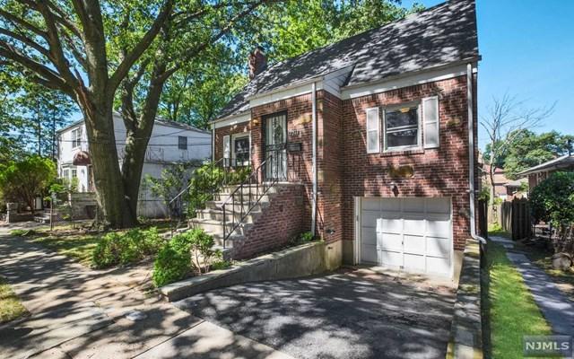 1261 Briar Way, Fort Lee, New Jersey 07024, 3 Bedrooms Bedrooms, ,3 BathroomsBathrooms,Single Family,For Sale,1261 Briar Way,21012158
