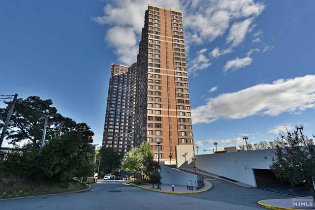 100 Old Palisade Road, Fort Lee, New Jersey 07024, 1 Bedroom Bedrooms, ,1 BathroomBathrooms,Condominium,For Sale,100 Old Palisade Road,21010787