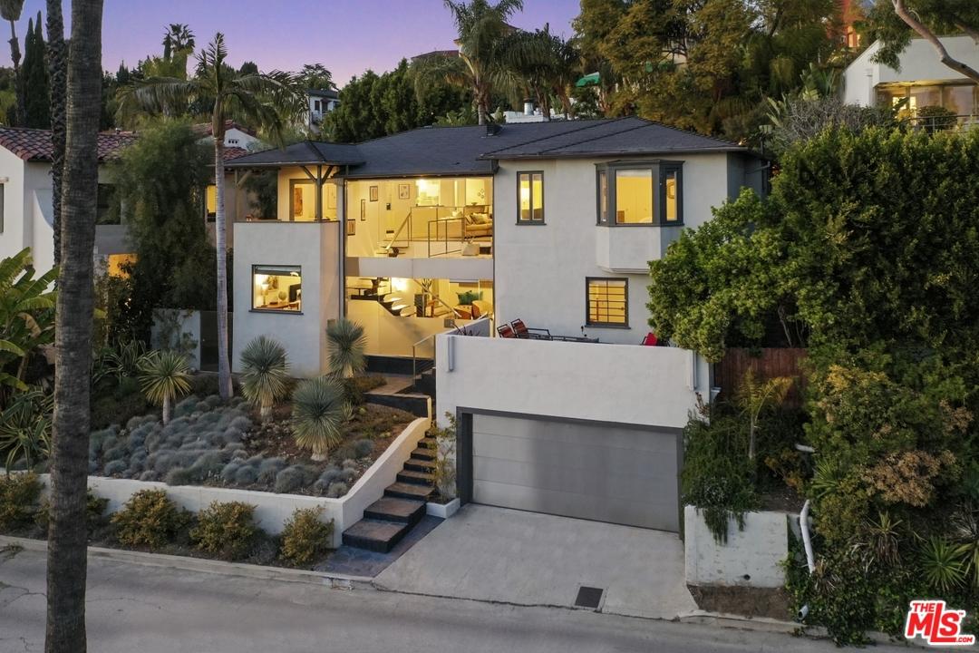 4237 Los Nietos Dr, Los Angeles, California 90027, 4 Bedrooms Bedrooms, ,4 BathroomsBathrooms,Single Family,For Sale,4237 Los Nietos Dr,2,21-712820