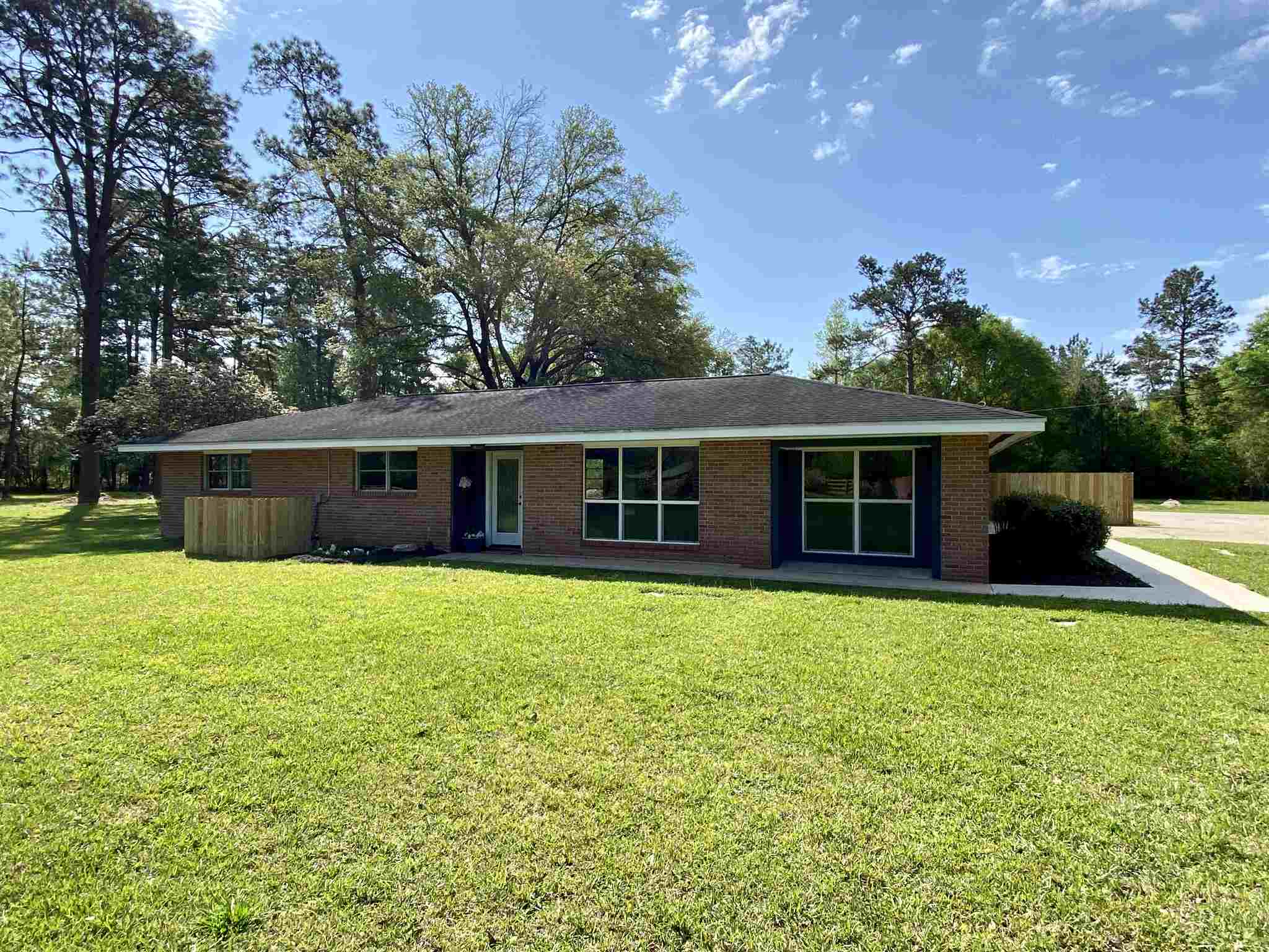 279 County Road 400, Kirbyville, Texas 75956, 4 Bedrooms Bedrooms, ,2 BathroomsBathrooms,Single Family,For Sale,279 County Road 400,1,202553