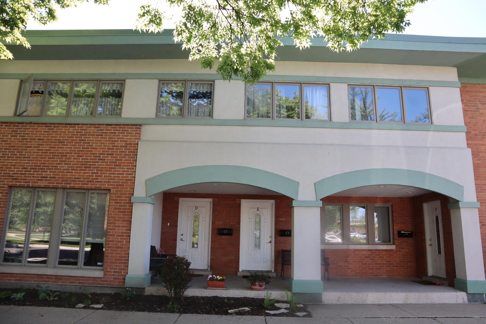 601 South Boulevard, Oak Park, Illinois 60302, 3 Bedrooms Bedrooms, ,4 BathroomsBathrooms,Townhouse,For Sale,601 South Boulevard,11043452