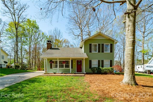 309 Treeline Drive, Belmont, North Carolina 28012-2968, 3 Bedrooms Bedrooms, ,2 BathroomsBathrooms,Single Family,For Sale,309 Treeline Drive,2,3725428