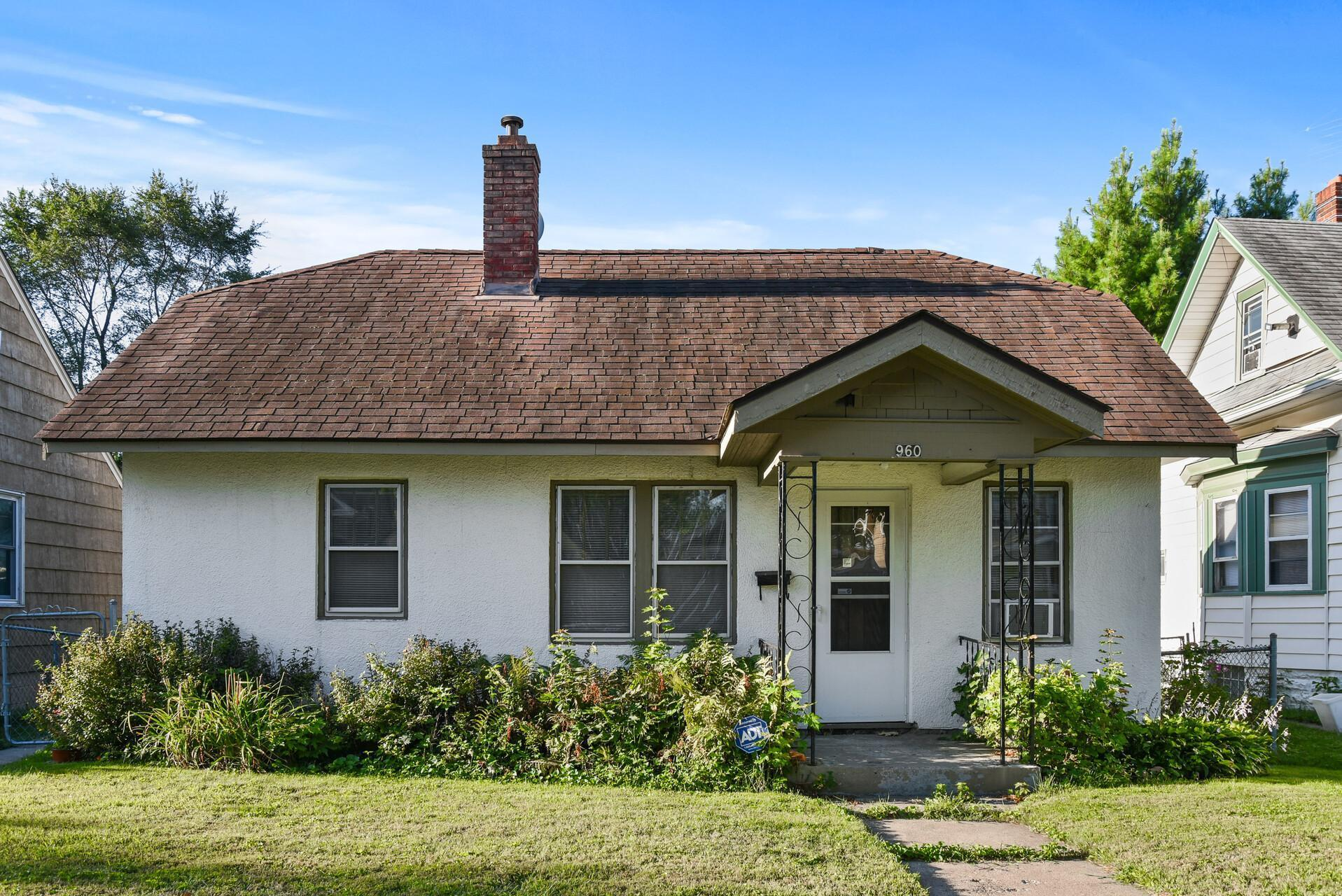 960 Thomas Avenue, Saint Paul, Minnesota 55104, 5 Bedrooms Bedrooms, ,1 BathroomBathrooms,Single Family,For Sale,960 Thomas Avenue,5735378