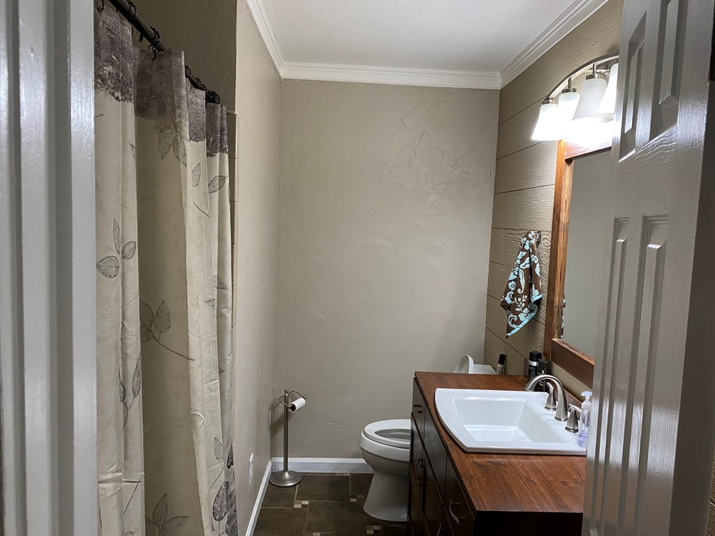 526 Holt Street, Athens, Tennessee 37303, 3 Bedrooms Bedrooms, ,2 BathroomsBathrooms,Single Family,For Sale,526 Holt Street,20212026