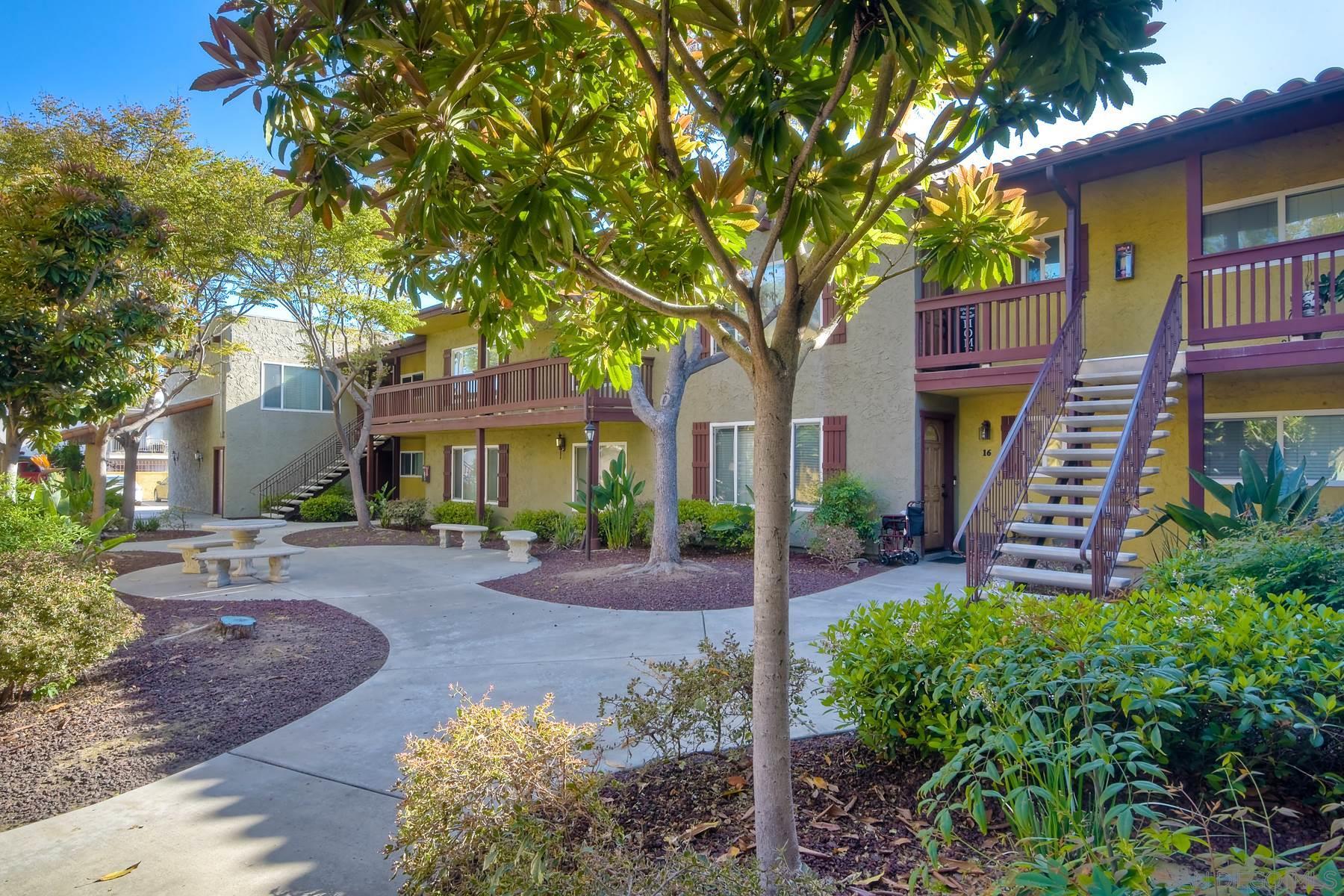 1000 Estes St, El Cajon, California 92020, 2 Bedrooms Bedrooms, ,2 BathroomsBathrooms,Townhouse,For Sale,1000 Estes St,1,210009141