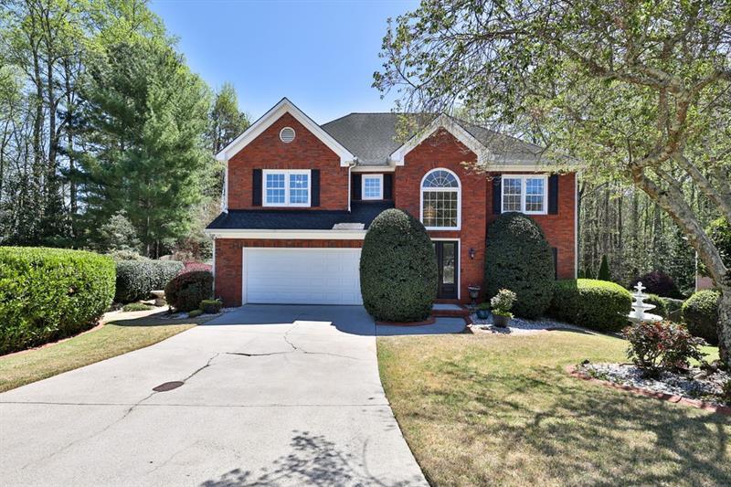 10725 Avian Drive, Johns Creek, Georgia 30022, 4 Bedrooms Bedrooms, ,4 BathroomsBathrooms,Single Family,For Sale,10725 Avian Drive,2,6866025