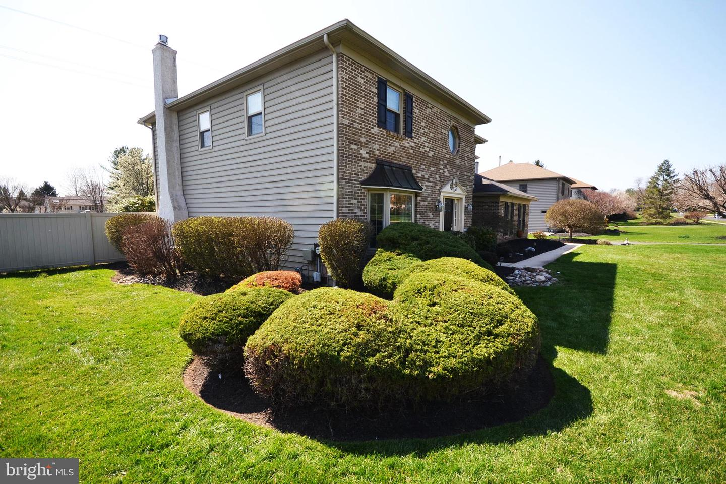 616 WHITTAKER PL, LANSDALE, Pennsylvania 19446, 4 Bedrooms Bedrooms, ,3 BathroomsBathrooms,Single Family,For Sale,616 WHITTAKER PL,PAMC688396