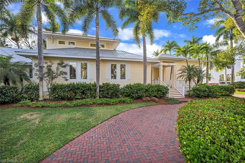 1750 GORDON DR, Naples, Florida 34102, 4 Bedrooms Bedrooms, ,4 BathroomsBathrooms,Single Family,For Sale,1750 GORDON DR,1,221024378