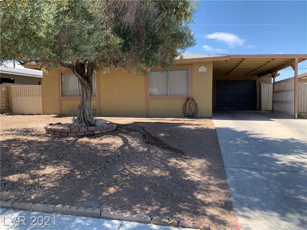 1525 Price Street, Henderson, Nevada 89011, 3 Bedrooms Bedrooms, ,2 BathroomsBathrooms,Single Family,For Sale,1525 Price Street,1,2285153