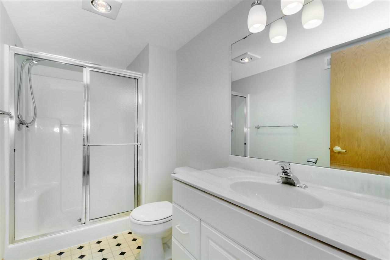 10 Kings Mill Cir, MADISON, Wisconsin 53718, 2 Bedrooms Bedrooms, ,2 BathroomsBathrooms,Condominium,For Sale,10 Kings Mill Cir,1903456