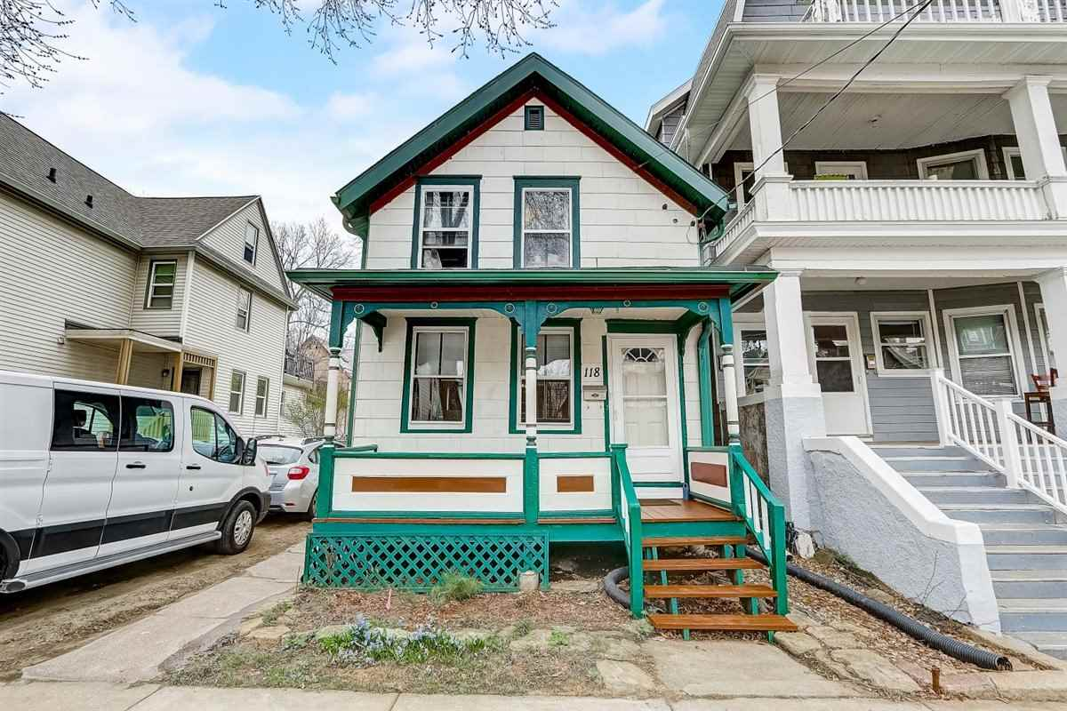 118 N Franklin St, MADISON, Wisconsin 53703, 3 Bedrooms Bedrooms, ,2 BathroomsBathrooms,Single Family,For Sale,118 N Franklin St,2,1905988