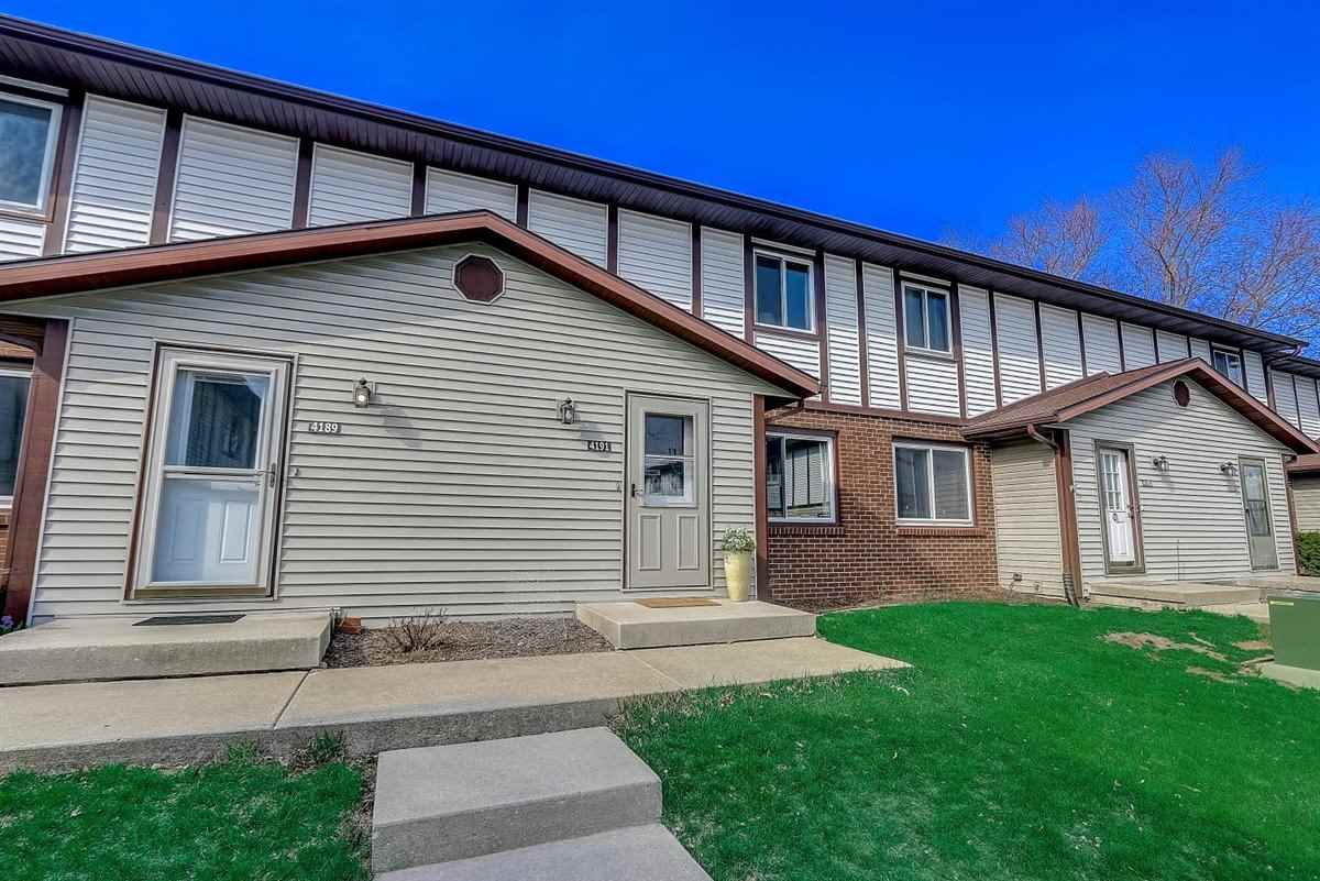 4191 Bruns Ave, MADISON, Wisconsin 53714, 2 Bedrooms Bedrooms, ,2 BathroomsBathrooms,Townhouse,For Sale,4191 Bruns Ave,1905406