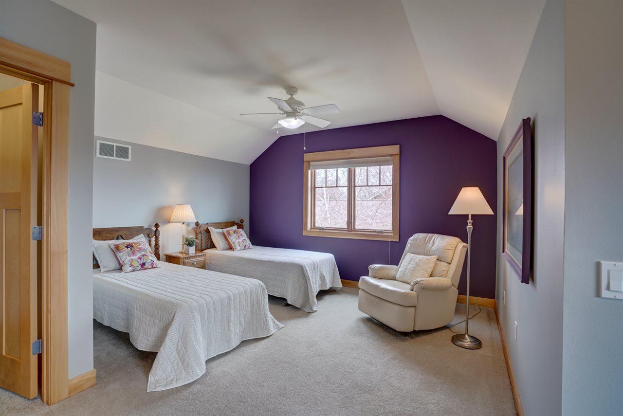 3624 John Muir Dr, Middleton, Wisconsin 53562, 5 Bedrooms Bedrooms, ,4 BathroomsBathrooms,Single Family,For Sale,3624 John Muir Dr,1.5,1904886