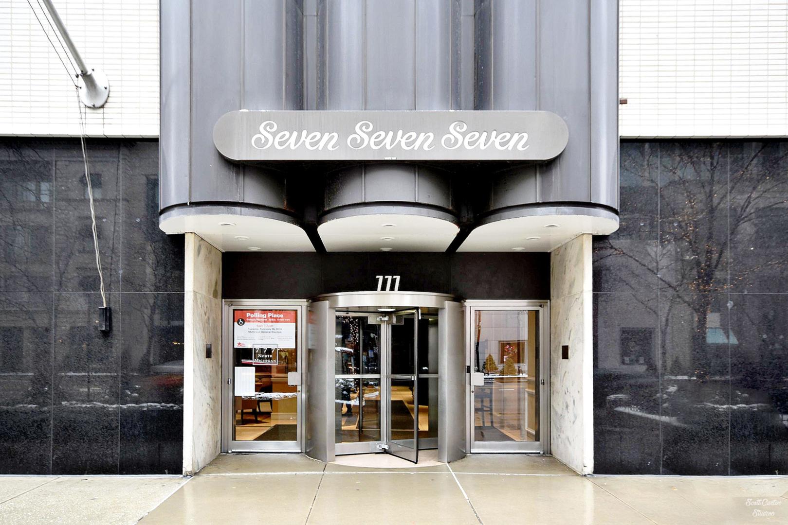 777 North Michigan Avenue, Chicago, Illinois 60611, 2 Bedrooms Bedrooms, ,2 BathroomsBathrooms,Condominium,For Sale,777 North Michigan Avenue,11035128