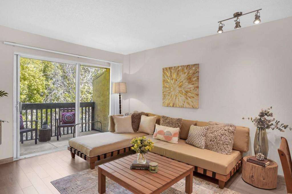 1060 Oak Grove Rd, Concord, California 94518, 1 Bedroom Bedrooms, ,1 BathroomBathrooms,Common Interest,For Sale,1060 Oak Grove Rd,40943764