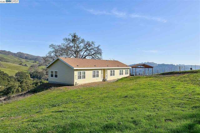 5272 Sierra Rd, SAN JOSE, California 95132, 3 Bedrooms Bedrooms, ,2 BathroomsBathrooms,Single Family,For Sale,5272 Sierra Rd,40935662