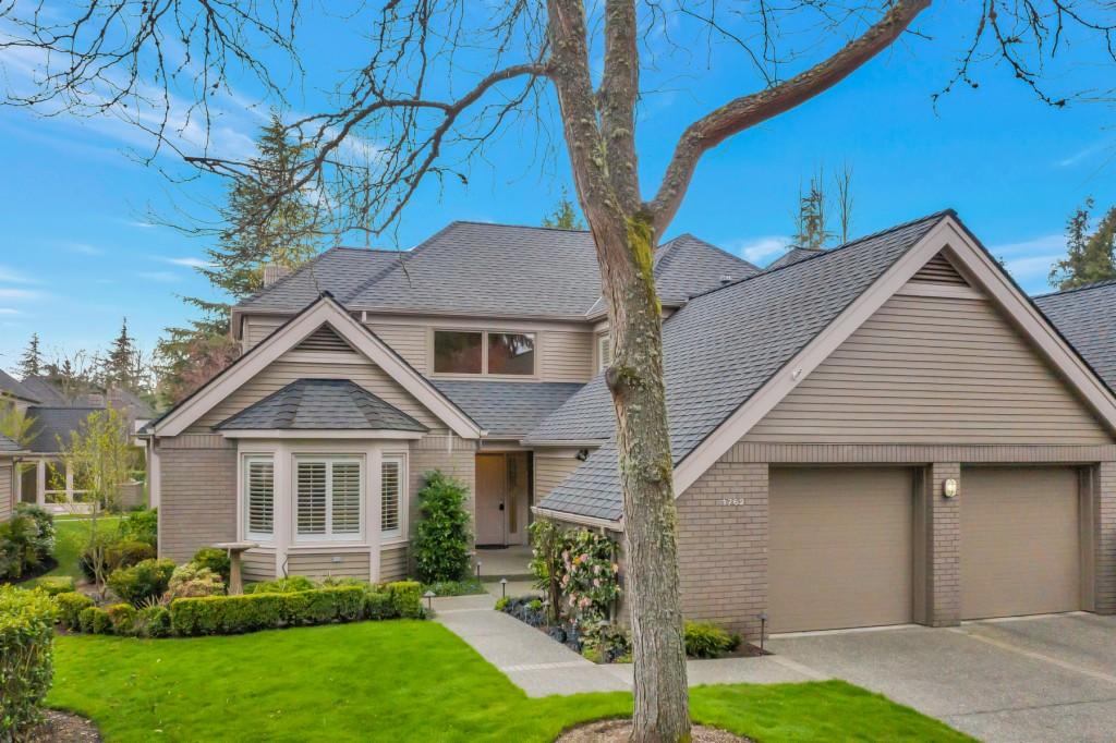 1762 Bellevue Way NE, Bellevue, Washington 98004, 3 Bedrooms Bedrooms, ,3 BathroomsBathrooms,Common Interest,For Sale,1762 Bellevue Way NE,2,1751997