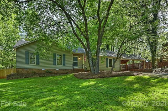 4722 Squirrel Nest Lane, Mint Hill, North Carolina 28227-8850, 3 Bedrooms Bedrooms, ,2 BathroomsBathrooms,Single Family,For Sale,4722 Squirrel Nest Lane,1,3728905
