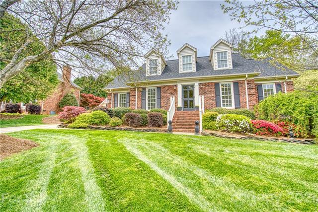202 Southfork Drive, Belmont, North Carolina 28012-8529, 4 Bedrooms Bedrooms, ,3 BathroomsBathrooms,Single Family,For Sale,202 Southfork Drive,2,3728190