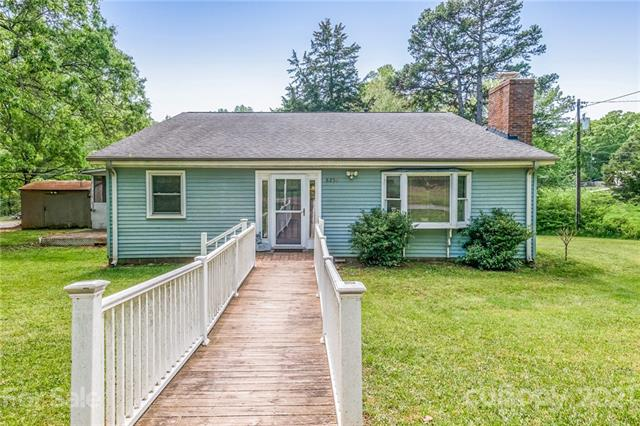 8250 Pine Hill Road, Mint Hill, North Carolina 28227-1513, 3 Bedrooms Bedrooms, ,2 BathroomsBathrooms,Single Family,For Sale,8250 Pine Hill Road,1,3728574