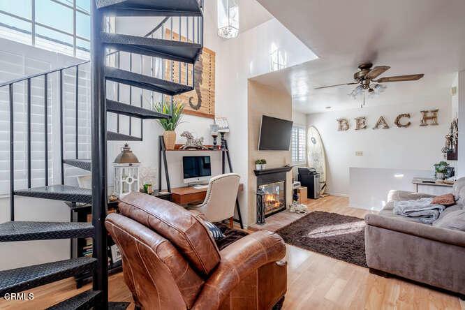 306 34th Street, Newport Beach, California 92663, 3 Bedrooms Bedrooms, ,3 BathroomsBathrooms,Residential,For Sale,306 34th Street,2,V1-5178