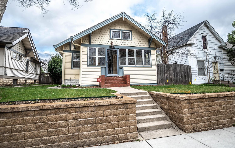 1415 Saint Clair Avenue, Saint Paul, Minnesota 55105, 3 Bedrooms Bedrooms, ,2 BathroomsBathrooms,Single Family,For Sale,1415 Saint Clair Avenue,5730826