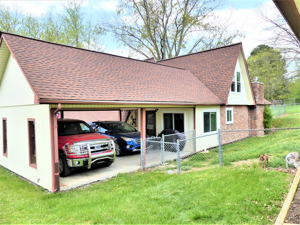 313 Sharp Road, Athens, Tennessee 37303, 3 Bedrooms Bedrooms, ,2 BathroomsBathrooms,Single Family,For Sale,313 Sharp Road,20212052