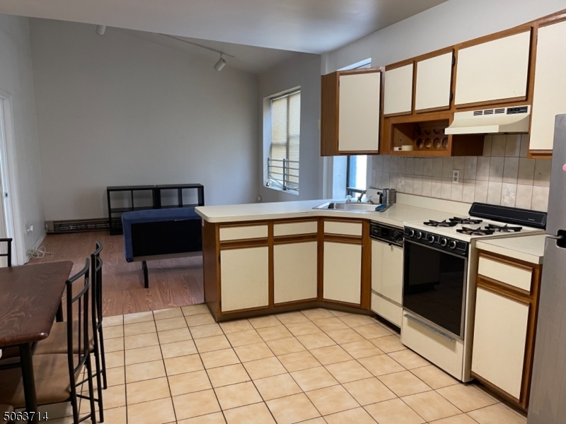 1870 KENNEDY . BLVD, Jersey City, New Jersey 07305-2120, 1 Bedroom Bedrooms, ,1 BathroomBathrooms,Residential,For Sale,1870 KENNEDY . BLVD,3705429