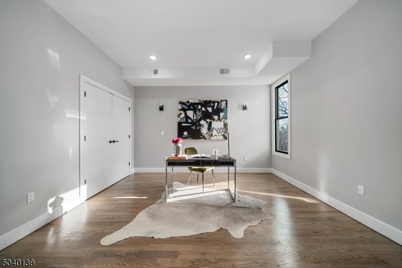 31 ZABRISKIE ST, Jersey City, New Jersey 07307-2903, 3 Bedrooms Bedrooms, ,2 BathroomsBathrooms,Condominium,For Sale,31 ZABRISKIE ST,3685551